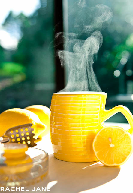 how to make hot water lemon and honey drink