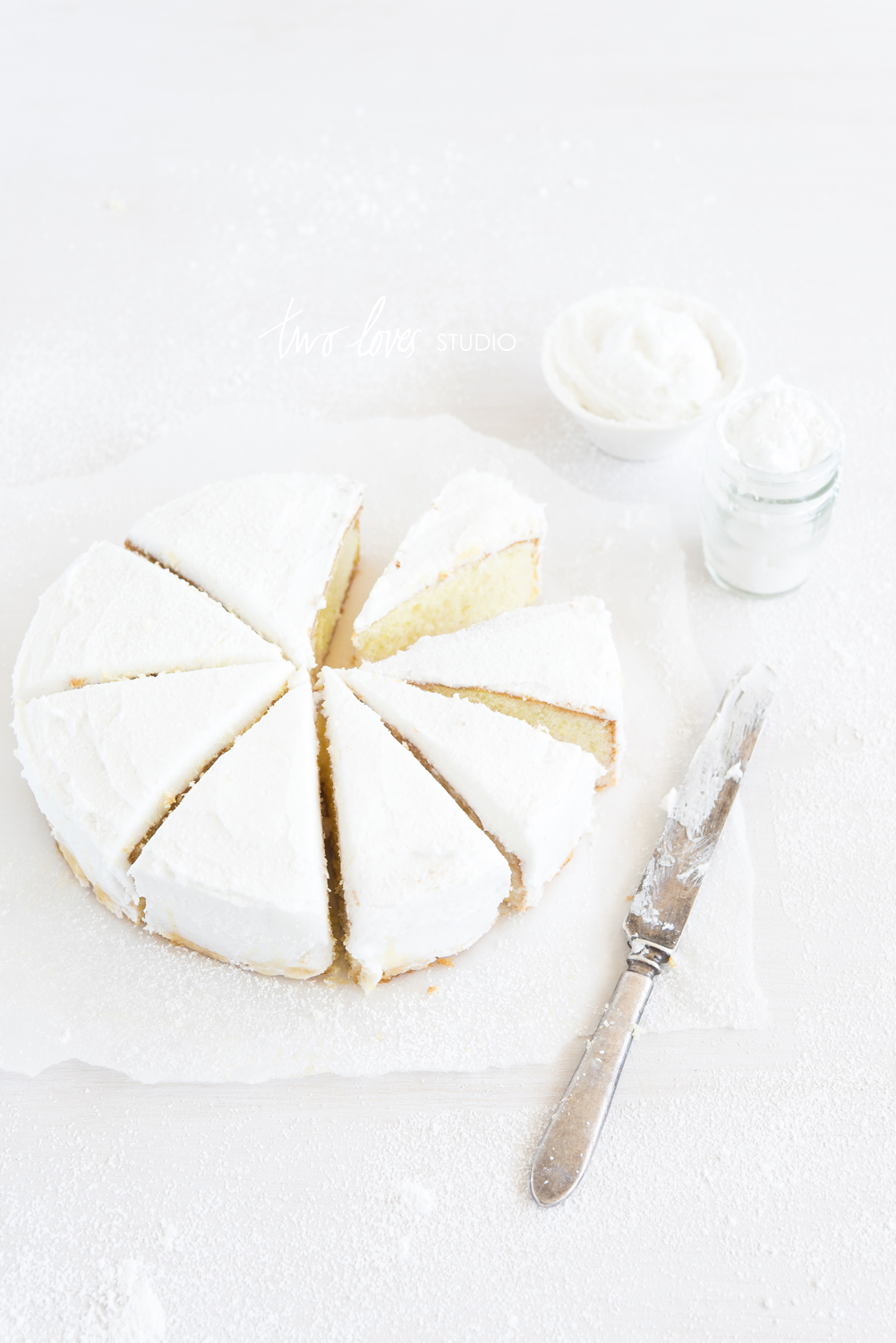 two-loves-studio-white-cake-4w